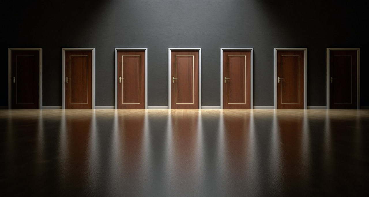 doors-1587329_1280